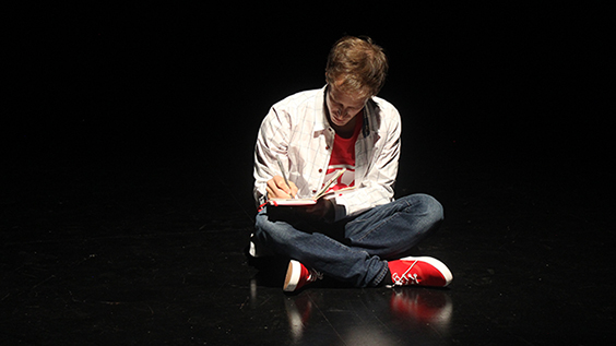 The Curious Incident of the Dog in the Night-Time Pre-Production Photos